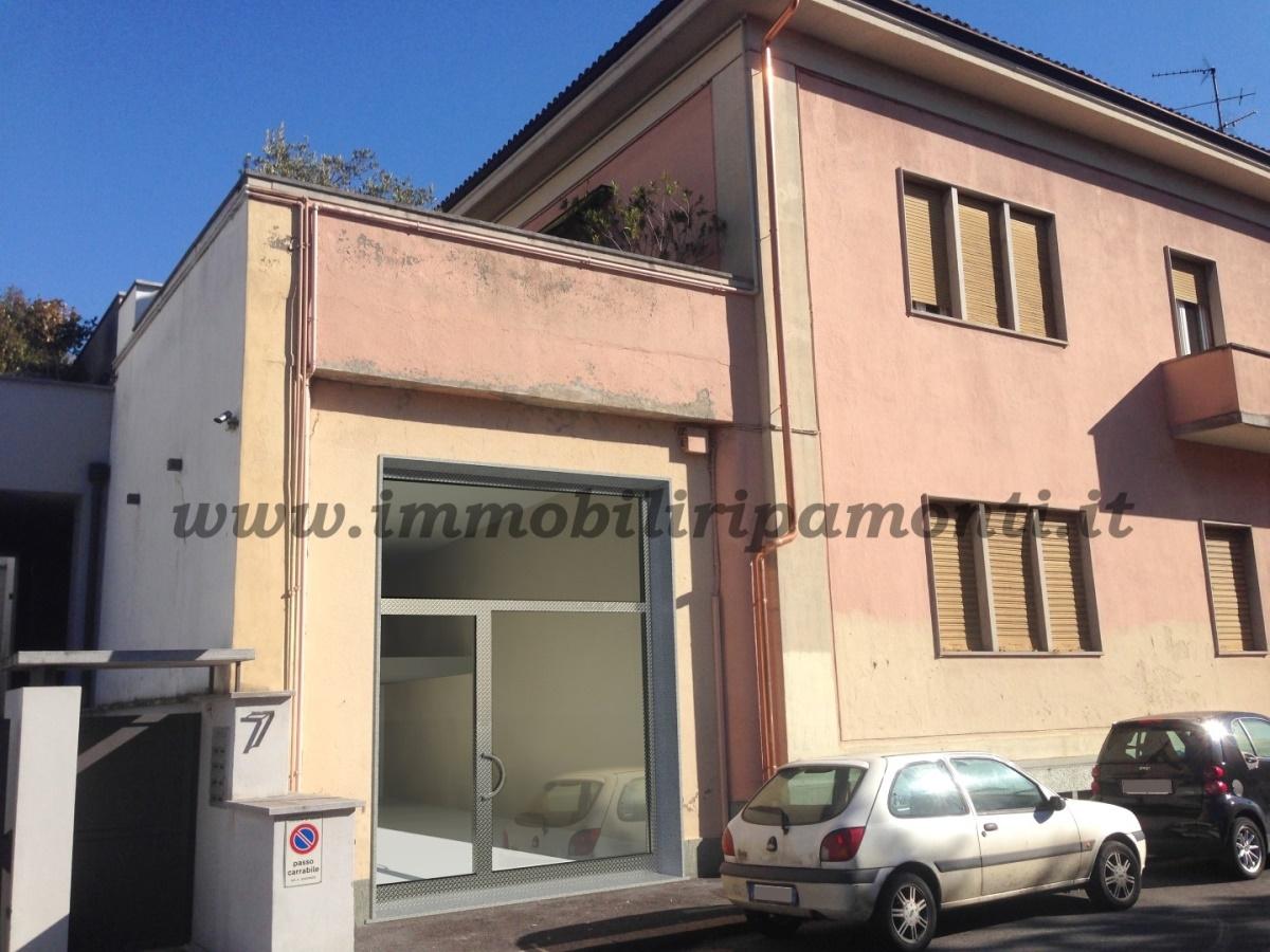 Locale Commerciale Lecco LC1126341
