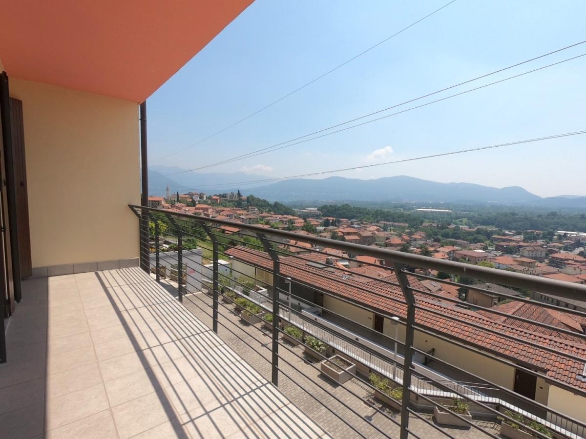 Vendita Bilocale Appartamento Cesana Brianza  250779